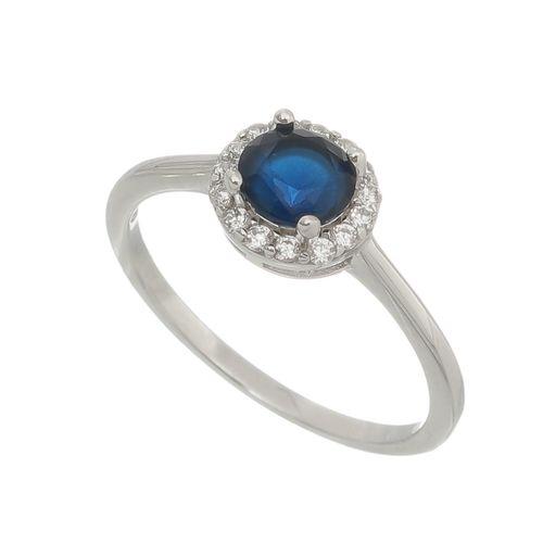 Anel-Cravejado-com-Pedras-Zirconias-Brancas-e-Redonda-Azul-Zafira-em-Prata-com-Rodio